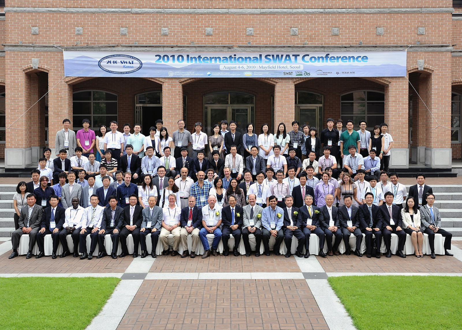 2010-SWAT-Conf-Group-Photo.jpg